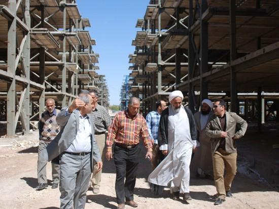 بازدید امام جمعه محترم آبادان از پروژه مجتمع مسکونی نفت